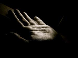 Préstame tu mano, hagamos juntos el camino